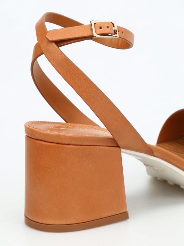 19A leather sandals shop online: Tod