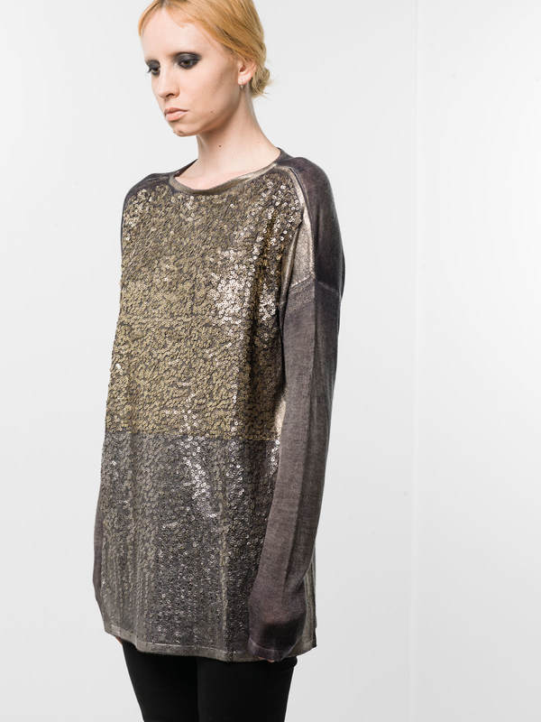 Avant Toi:  online - Loose fit sequined top