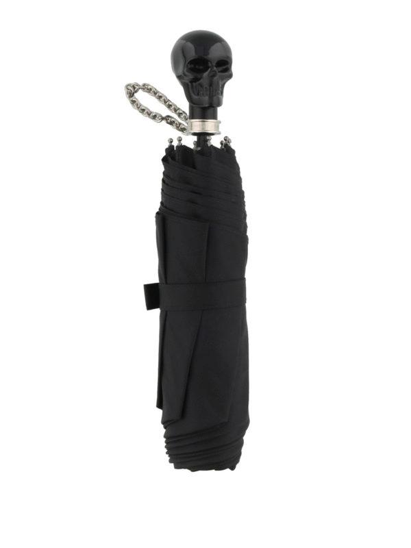 ALEXANDER MCQUEEN: umbrellas online - Skull umbrella with chain wristlet