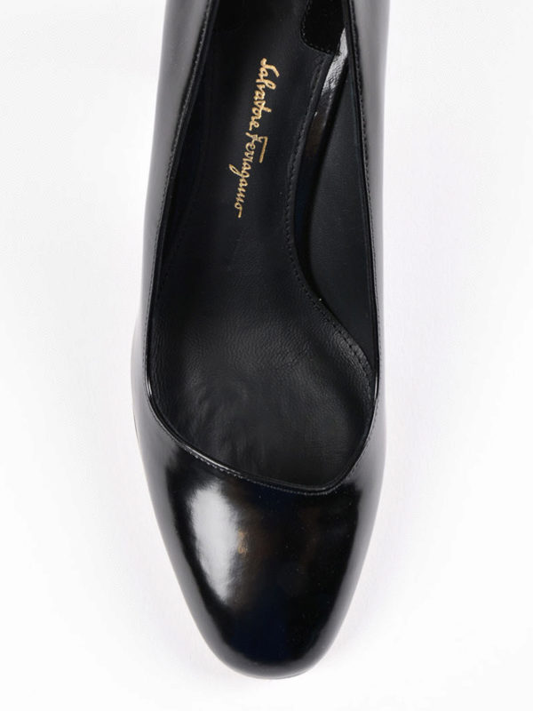 Pumps - Schwarz shop online: Salvatore Ferragamo