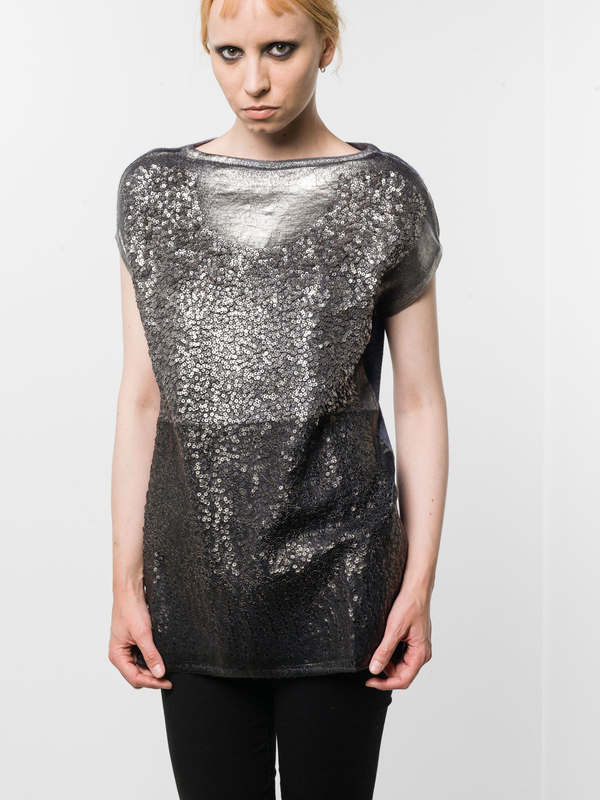 Avant Toi: boat necks online - Sleeveless sequined top
