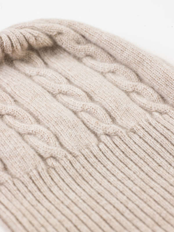 AVANT-TOI buy online Cable knit beanie