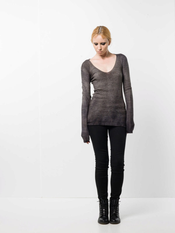 Avant Toi buy online V-neck top