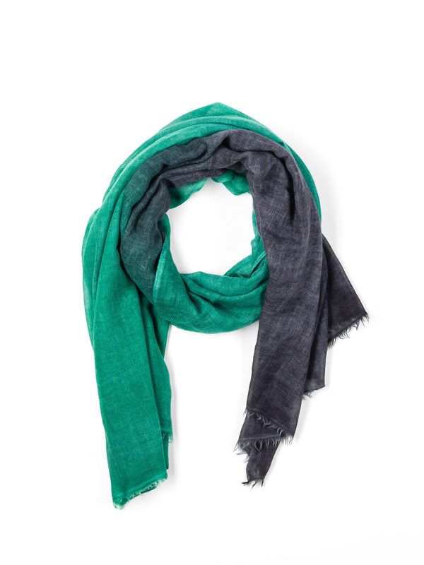 Avant Toi: scarves - Green / black scarf