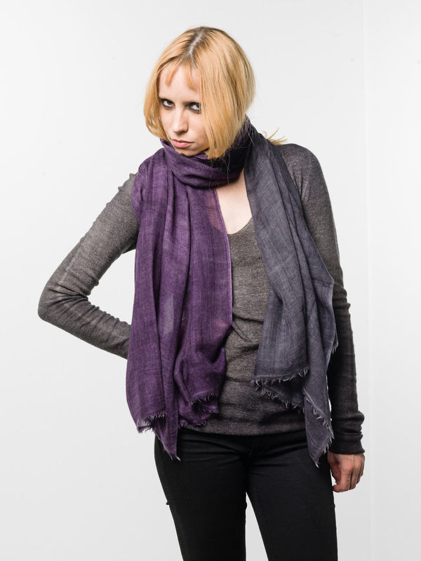 Avant Toi: scarves online - Fading coloured scarf