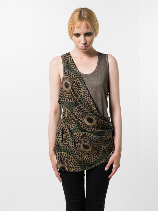Avant Toi: Tops und Tank Tops online - Sleeveless top with foulard