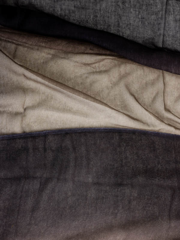 Bicoloured fading scarf shop online: Avant Toi