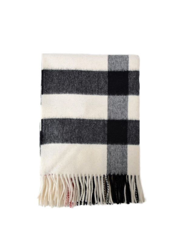 BURBERRY: Bufandas y pañuelos - Bufanda - Bandana