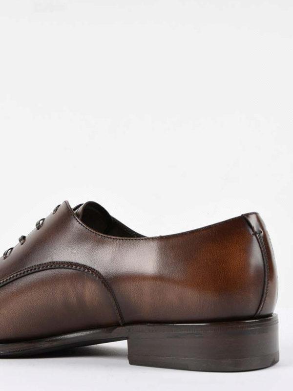 Klassische Schuhe - Dunkelbraun shop online: SALVATORE FERRAGAMO