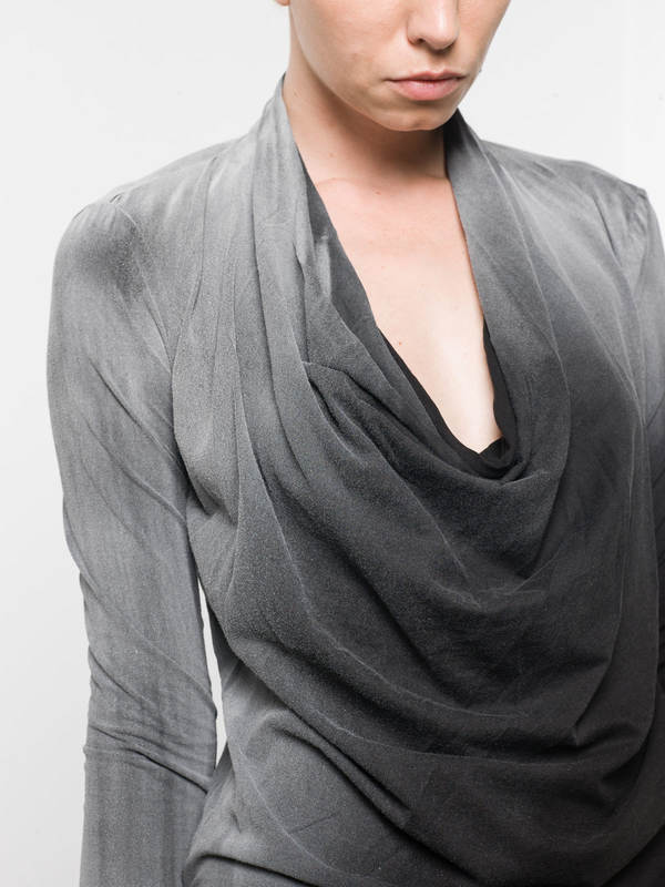 Draped neck  top shop online: AVANT-TOI