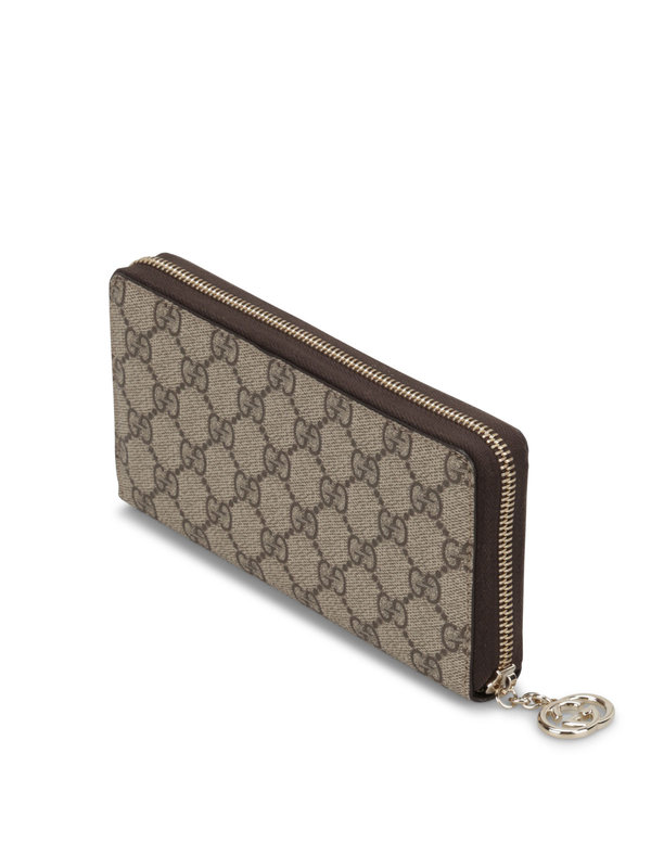 GG Supreme canvas wallet shop online: Gucci
