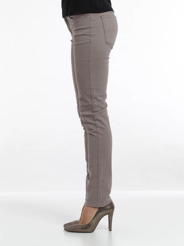 iKRIX Armani Jeans: Slim Fit J18 jeans