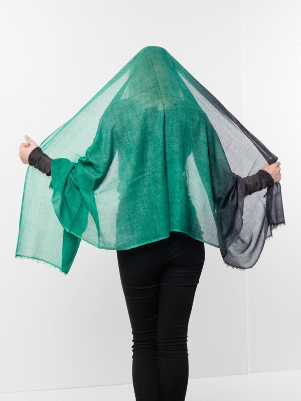 iKRIX AVANT-TOI: scarves - Green / black scarf