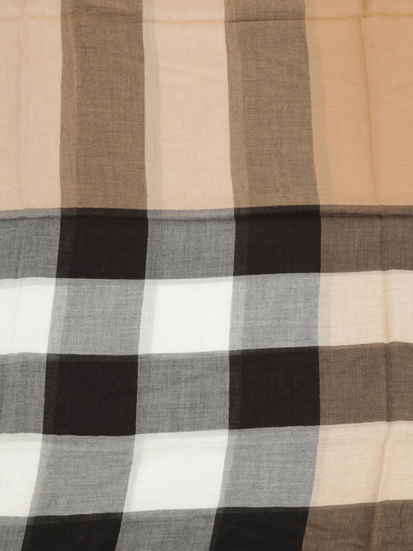 iKRIX Burberry: scarves - Check Modal Cashmere and Silk Scarf