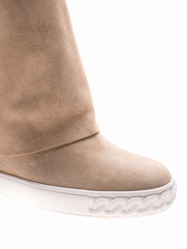 iKRIX Casadei: boots - Reversible beige suede wedge boots