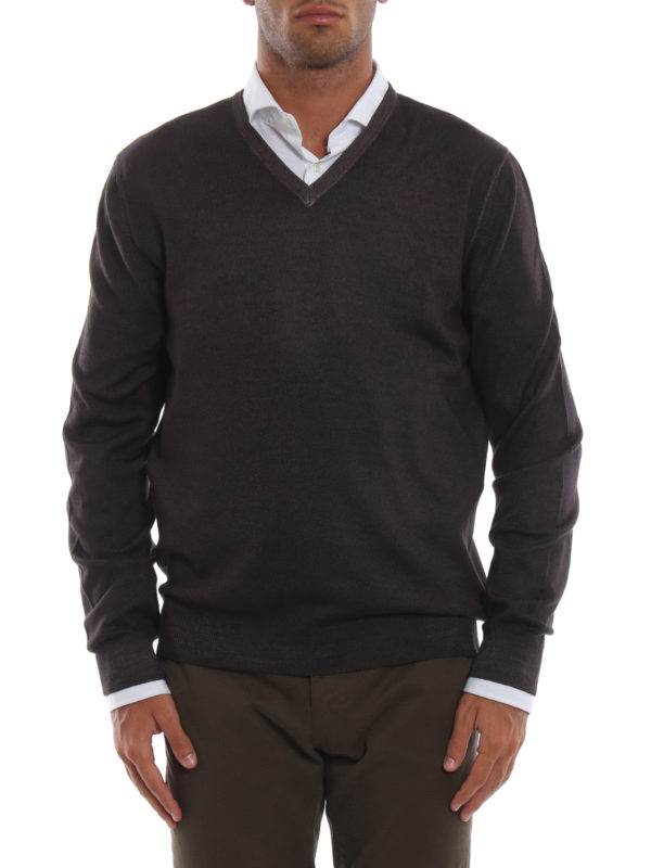 iKRIX FAY: v necks - Dark brown virgin wool V-neckline pullover