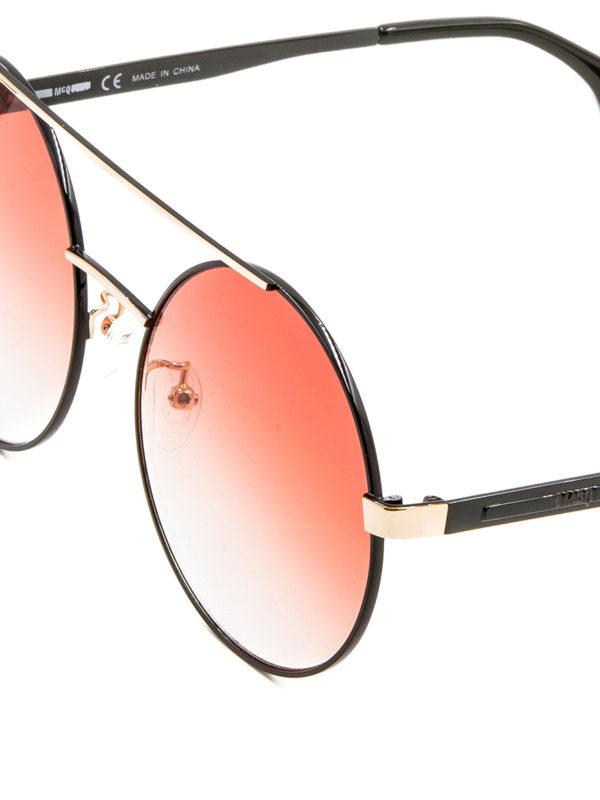Occhiali da sole tondi neri e oro mcq occhiali da sole for Occhiali neri da sole