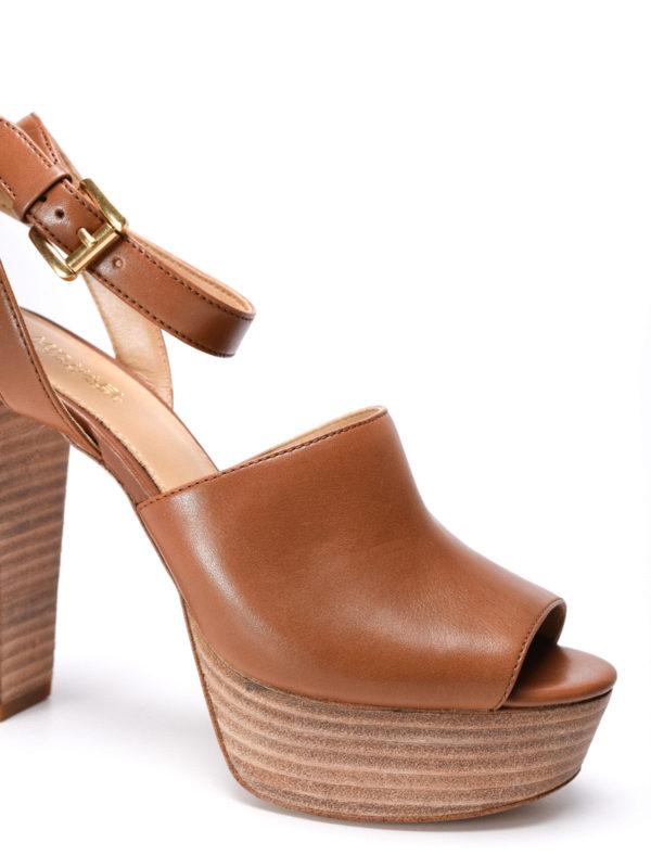 iKRIX Michael Kors: sandals - Trina platform leather sandals