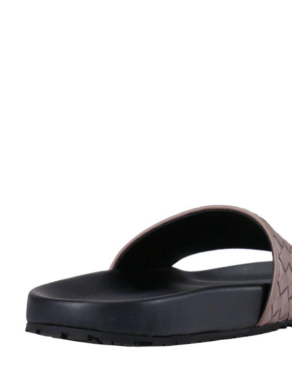 Sandalen - Hellrosa shop online: BOTTEGA VENETA