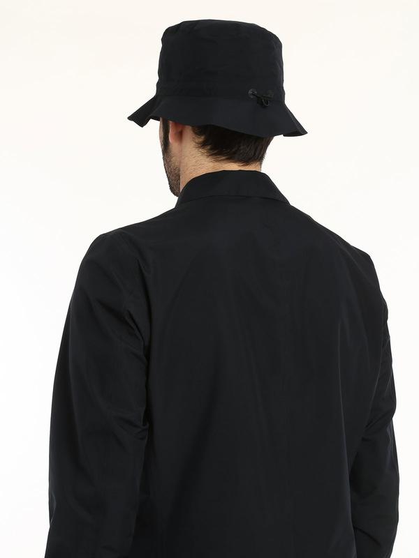 Laminar trench coat