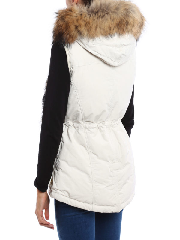 Military sleeveless coat shop online: WOOLRICH