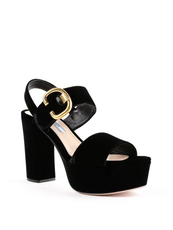 PRADA: Sandalen online - Sandalen - Einfarbig