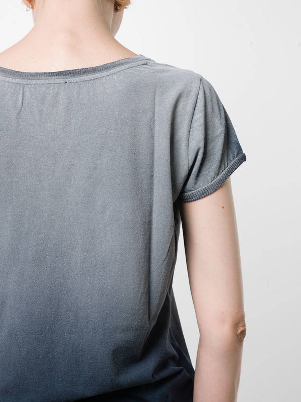 Round neck T-shirt shop online: Avant Toi