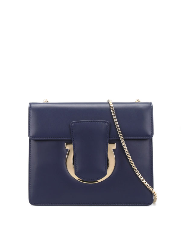 Salvatore Ferragamo: Clutches - Clutch - Blau