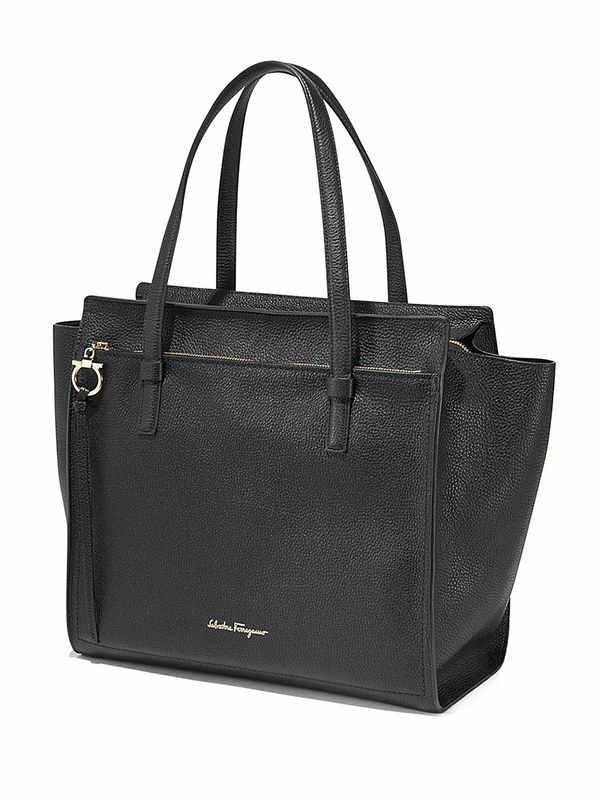 SALVATORE FERRAGAMO: totes bags online - Large Amy tote