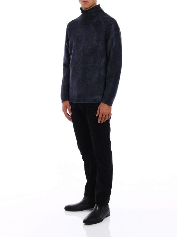 Shaded wool blend heavy sweater shop online: AVANT-TOI