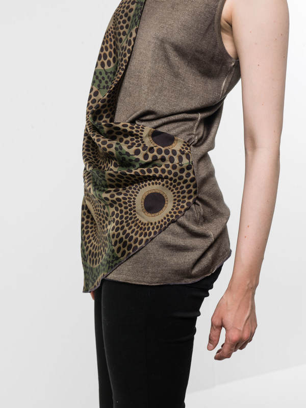 Sleeveless top with foulard shop online: Avant Toi