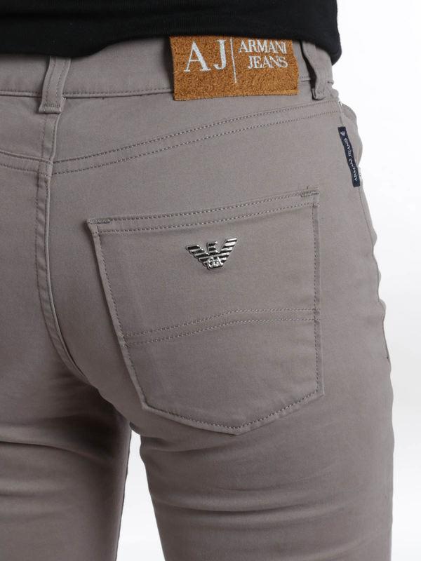 Slim Fit J18 jeans