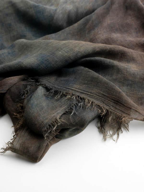 Tie-dye effect scarf shop online: AVANT-TOI