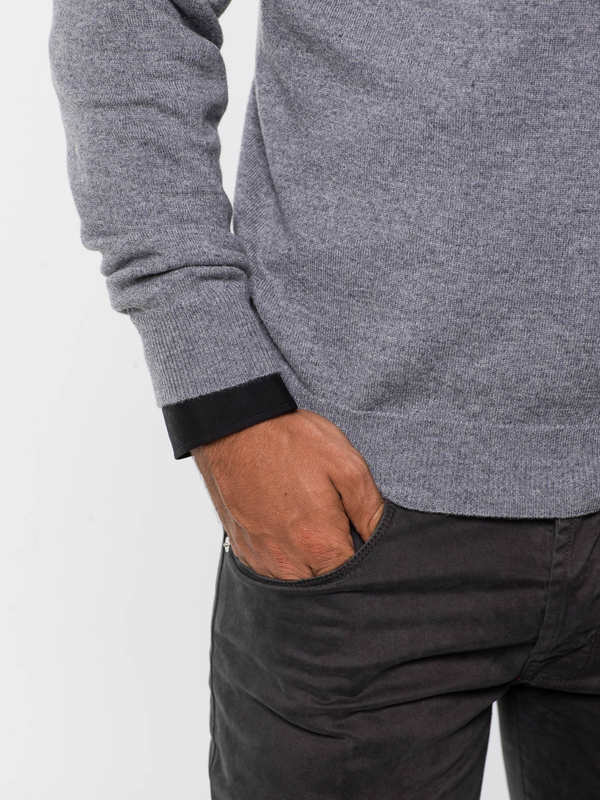 V-neck sweater shop online: Drumohr