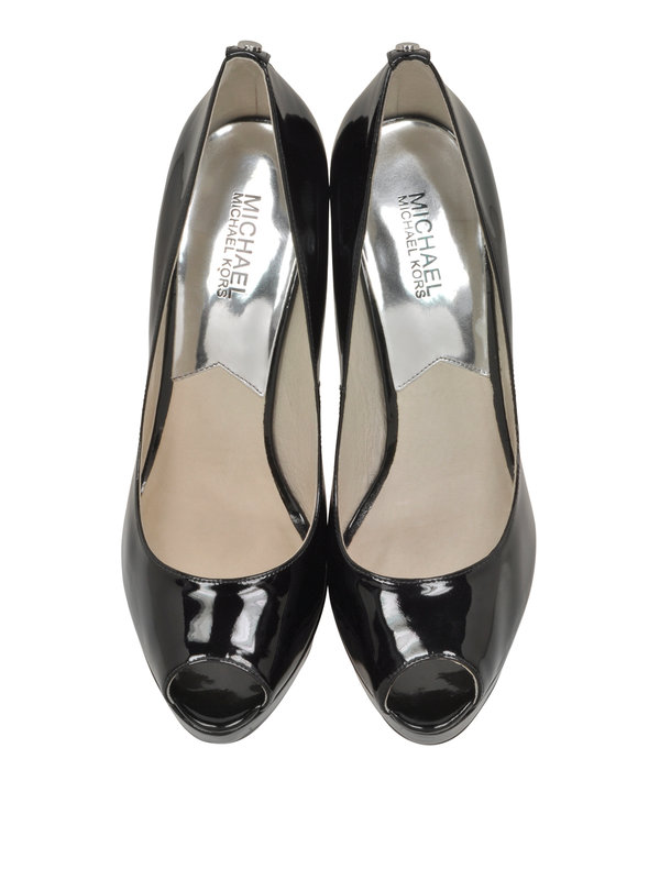 York pumps shop online: MICHAEL KORS