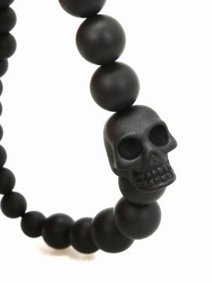 Alexander Mcqueen: Bracelets & Bangles online - Onyx pearl Skull bracelet