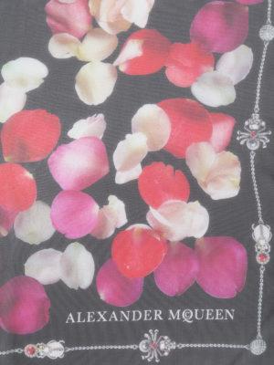 Alexander Mcqueen: scarves online - Petal Skull silk chiffon scarf