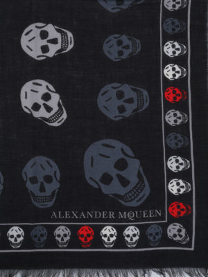 Alexander Mcqueen: scarves online - Skull patterned wool blend scarf