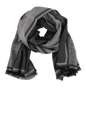 ALEXANDER MCQUEEN: sciarpe e foulard - Sciarpa in lana misto seta jacquard con Skull