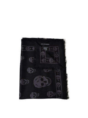 Alexander Mcqueen: Stoles & Shawls - Big Skull black and grey shawl