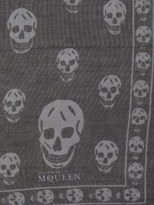 Alexander Mcqueen: Stoles & Shawls online - Skull print foulard