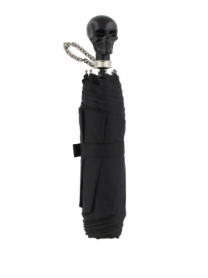 Alexander Mcqueen: umbrellas online - Skull umbrella with chain wristlet