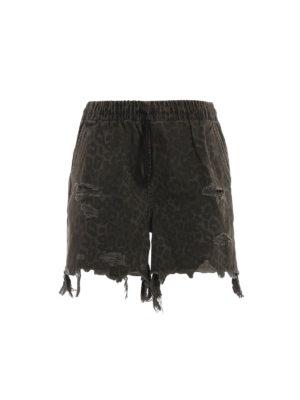ALEXANDER WANG: pantaloni shorts - Pantaloncini in denim animalier con strappi