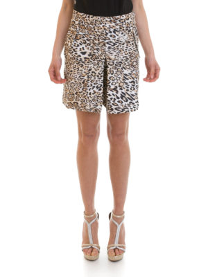 Angelo Marani: Trousers Shorts online - Animal print skirt shorts