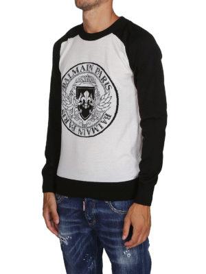 Balmain: maglia collo rotondo online - Pull in lana con intarsio stemma Balmain