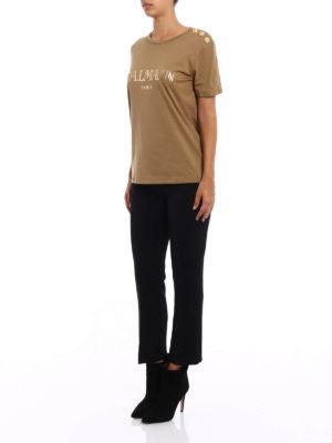 Balmain: t-shirts online - Button and logo print T-shirt