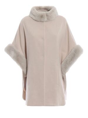 BLUGIRL: Mantelle e poncho - Cappa in lana con collo e polsi in pelliccia