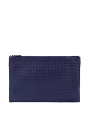 BOTTEGA VENETA: pochette - Pochette Biletto in Intrecciato blu con zip