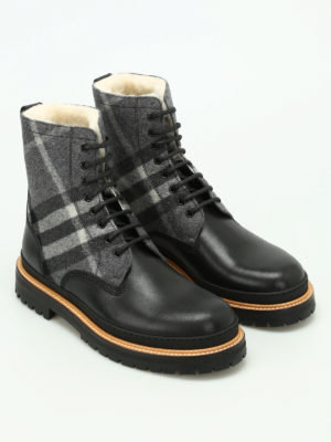 Burberry: ankle boots online - William leather and tartan booties