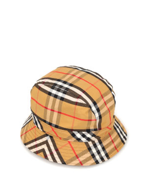 6397156e7b5 BURBERRY  cappelli - Cappello da pescatore in cotone Vintage Check. New  season. Burberry. Vintage Check cotton fisherman hat